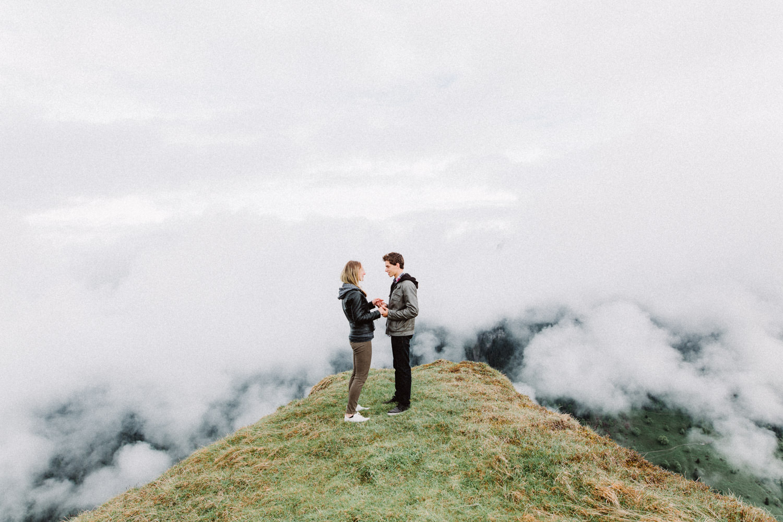 davidandkathrin-com-proposal-destination-mountain-switzerland-014