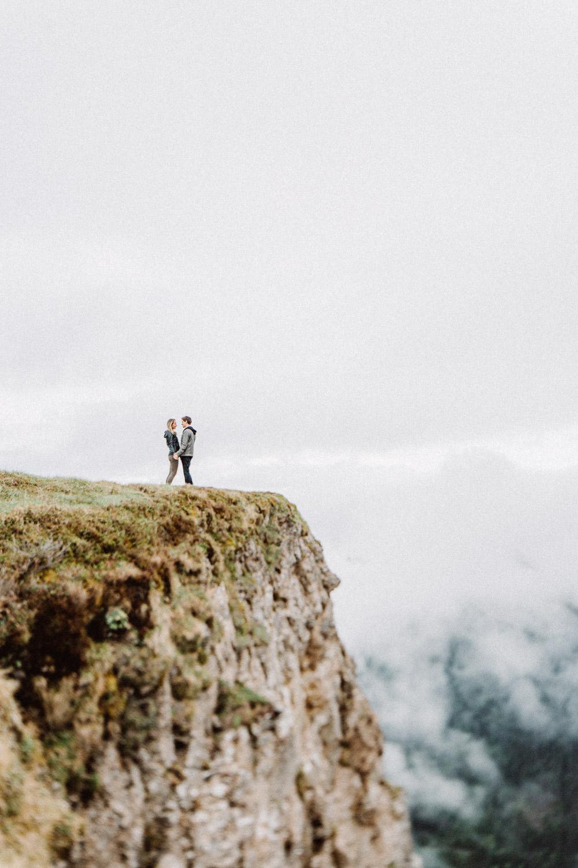 davidandkathrin-com-proposal-destination-mountain-switzerland-030